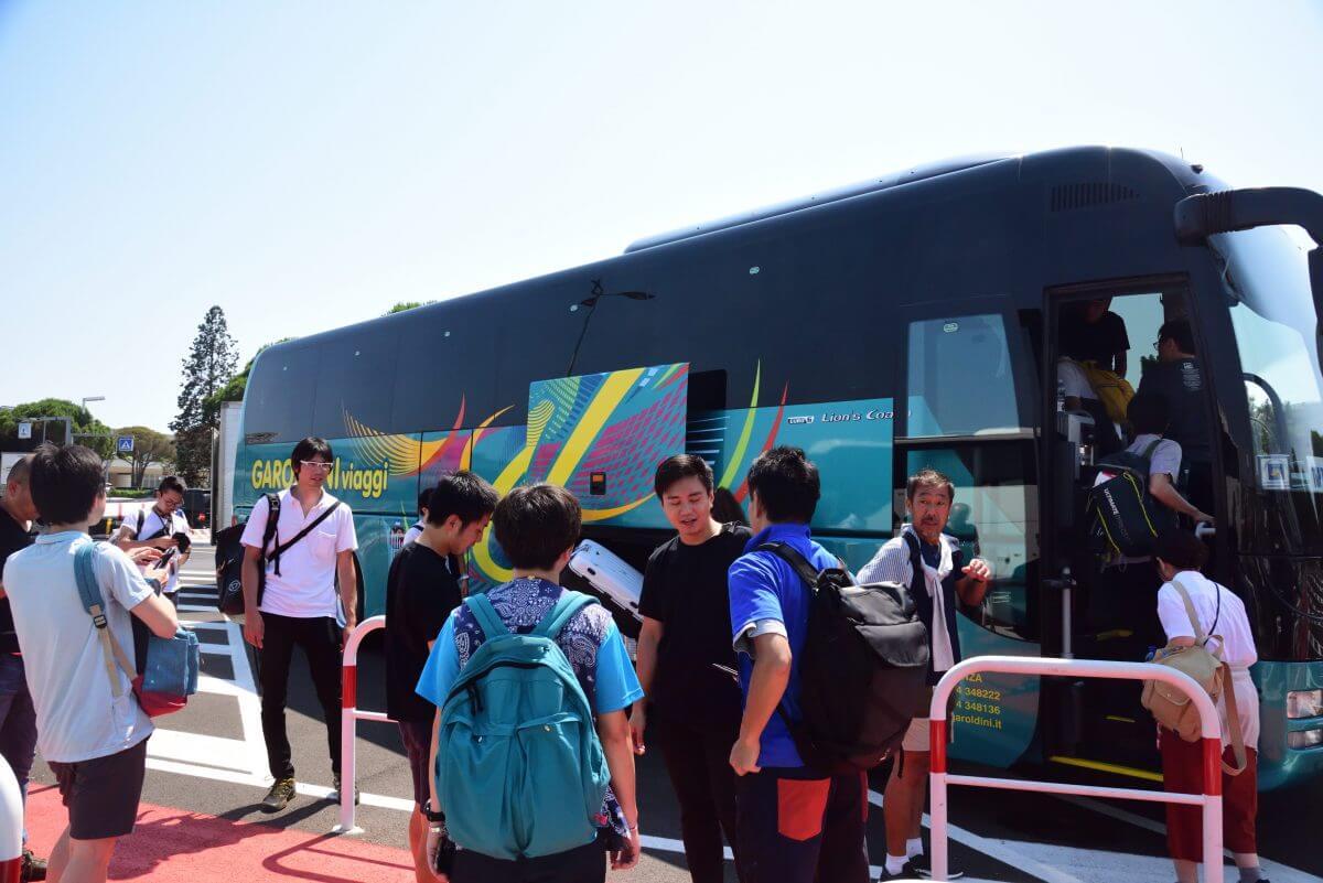 バス移動写真